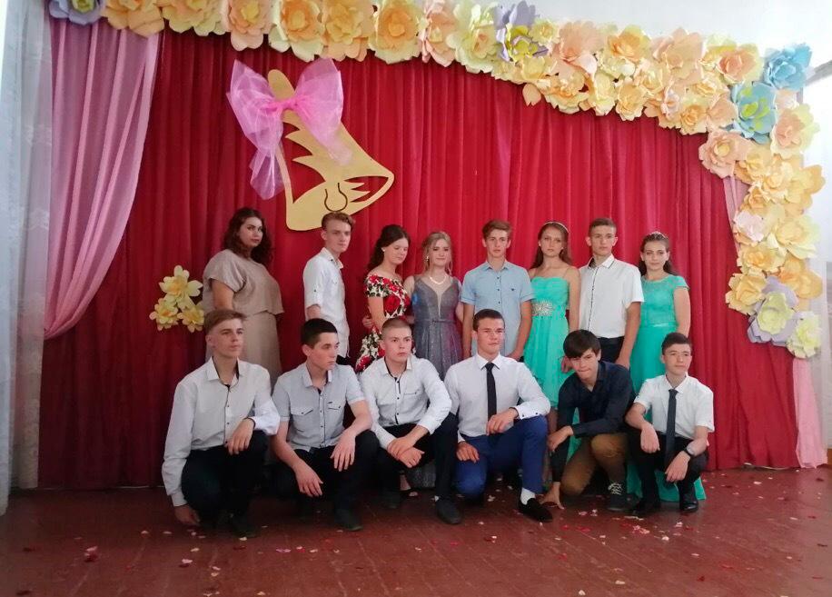 Выпускные вечера в школах Старобешевского района - 2019